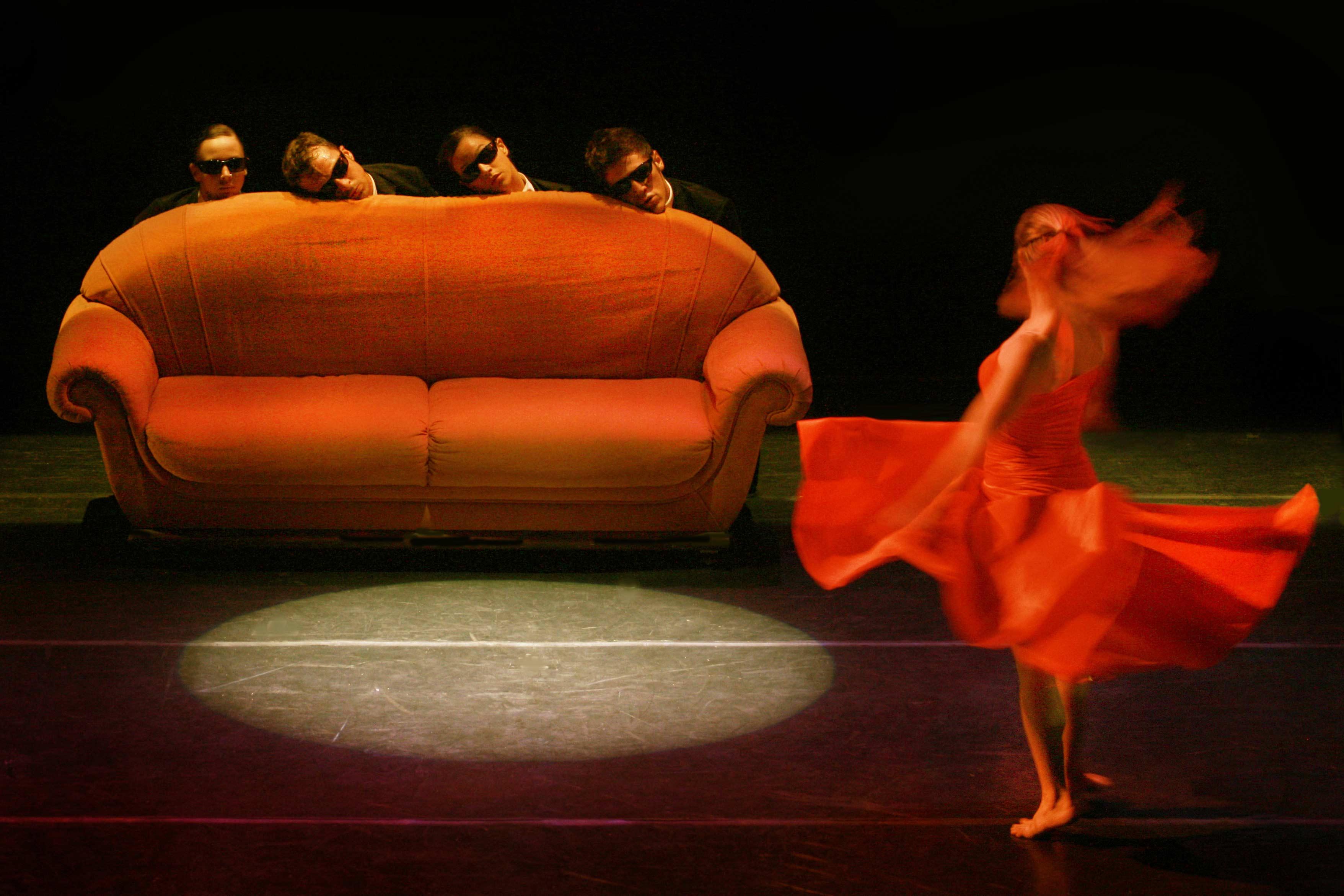 daniel-ezralow-dance-company